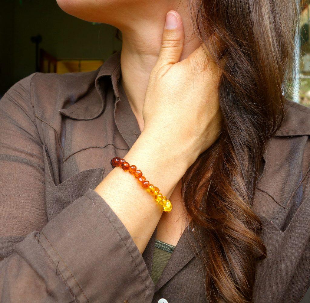 pulseira de âmbar